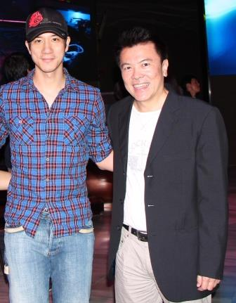 2. Leehom Wang - body - compress