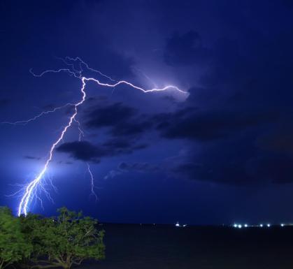 lightning hill sea