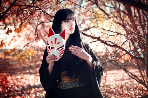 Kitsune by lienskullova.jpg