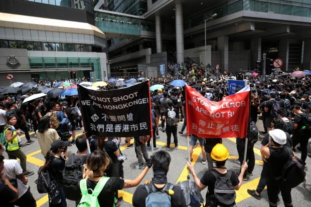 7. Counter Response to Police Banner Warnings HKPB6