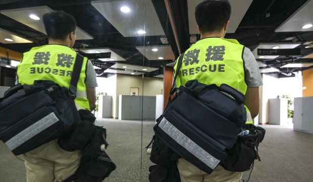 Some first-aid volunteers have encountered injured protesters who do not want to go to hospital. Photo Xiaomei Chen.jpg
