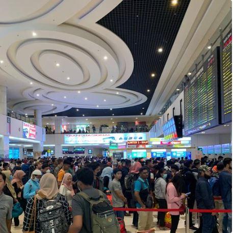 Mass Interstate Malaysian Exodus