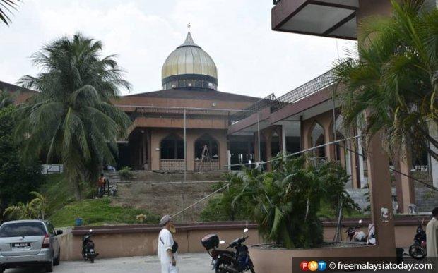 Mosque-Masjid-Si-Petaling-120320-FMT